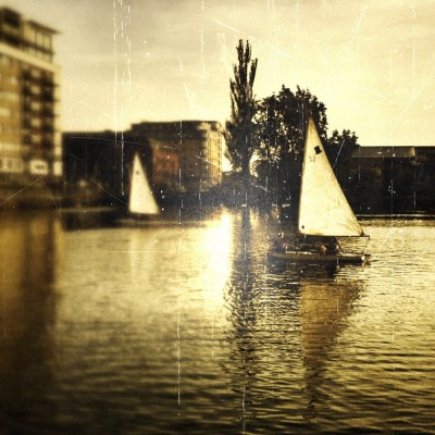 iPhoneography - boating on lincoln brayford