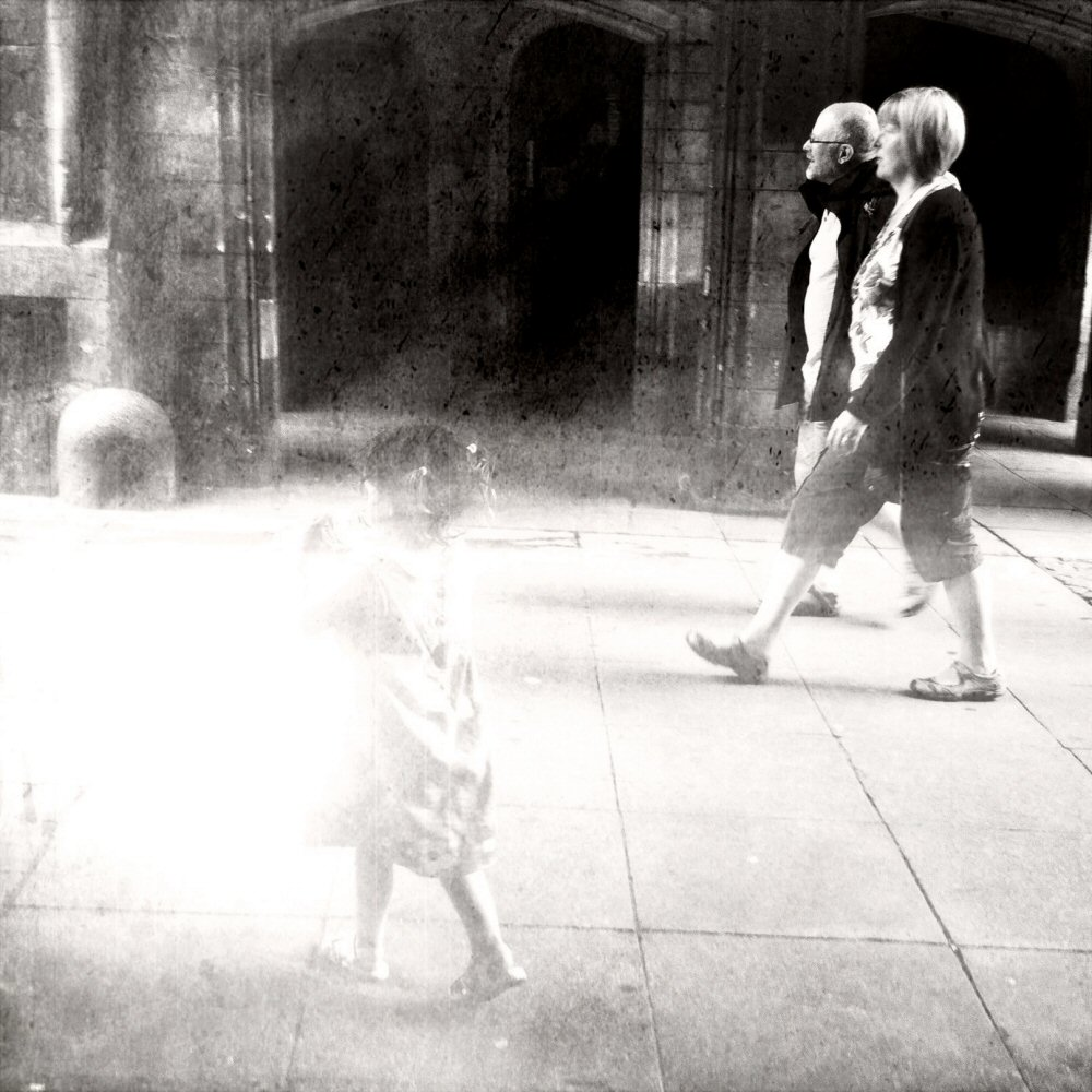 iPhoneography - ghostly lincoln stonebow